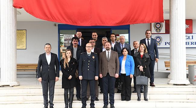 ÇİĞLİ BELEDİYE BAŞKANI GÜMRÜKÇÜ POLİS HAFTASINI KUTLADI